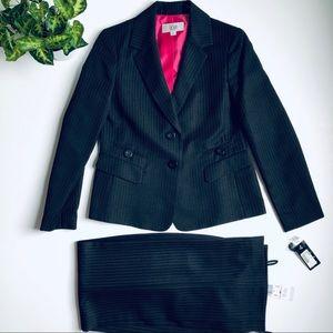 NWT Le Suit Pants Suit Set Size 6 Petite
